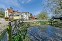 5 bed Detached home in Robin Hood Farm House...