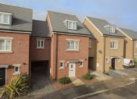 4 bed Detached home for sale in Wychewood Close...