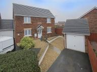 3 bedroom Link Detached House in Buttercup Close, Corby