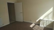 Ground Flat to rent in Holme Lane, Sheffield