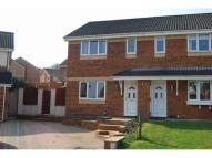 semi detached home to rent in Taynton Close...