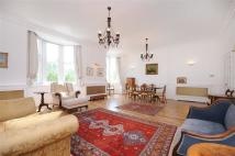 3 bed Flat to rent in HYDE PARK PLACE, LONDON...