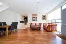 3 bed home for sale in OLD MANOR YARD...