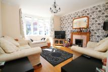 3 bed semi detached house in Tower View, Shirley