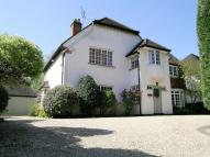4 bedroom Detached house in Moss Lane, Pinner