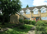 Wakehams Hill End of Terrace house for sale