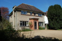 4 bed Detached home for sale in Kimbolton Road, Bedford...