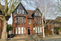 11 bed Detached house in WARWICK AVENUE, Bedford...