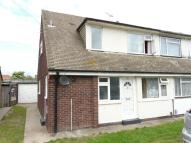 3 bed Town House to rent in Maple Way, Canvey Island
