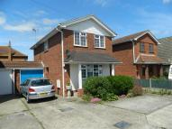 3 bedroom Link Detached House in Long Road, Canvey Island