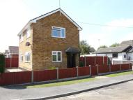 2 bed Detached home in Corona Road...