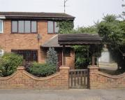 4 bed semi detached house to rent in Eton Close, Canvey Island