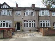 3 bed Terraced property in Flora Gardens...