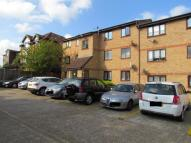 Flat for sale in Avenue Road...