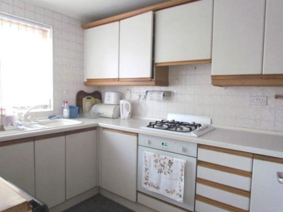 Kitchen: