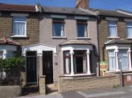 3 bed Terraced house in Kenneth Road...