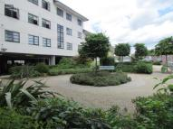 2 bedroom Flat in Elgin House, High Road,...