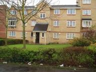 Flat to rent in The Glen, Vange...