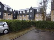 2 bed Ground Flat for sale in Menzies Avenue, Laindon...