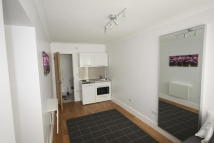 Studio flat in Bowness Crescent, London...