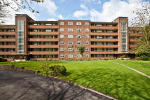4 bedroom Flat for sale in Kingston Hill...