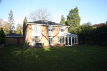 4 bed Detached house in Coombe Hill Road...