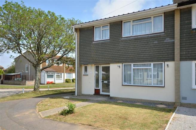 3 Bedroom Semi Detached House For Sale In Park Drive Yapton