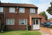 2 bed End of Terrace house to rent in Sunbury Close, Bordon
