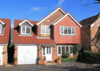Detached home in Hendon Road, Bordon