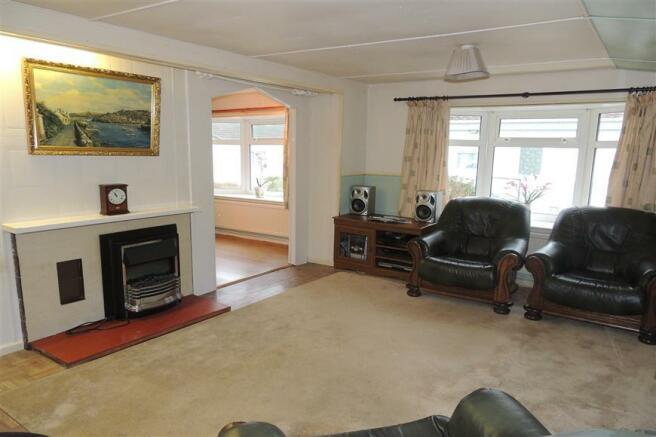 2 Bedroom Park Home For Sale In Vann Lake Road Ockley Dorking