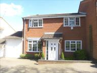 3 bed semi detached property for sale in Moors Croft...
