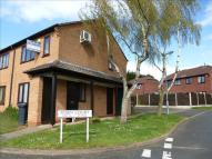 1 bed Flat for sale in Robin Court...