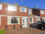 4 bed semi detached property for sale in Kensington Close, Oadby...