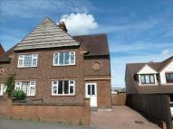 3 bedroom semi detached house in Wellingborough Road...