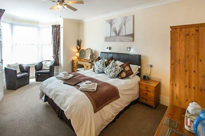 Luxury Guest Room Nine