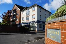 1 bedroom Ground Flat for sale in Stour Road, Christchurch