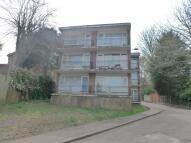 Studio flat in Ruthin Close, Luton