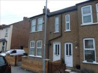 2 bed semi detached property in Gardenia Avenue, Luton
