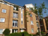 Flat for sale in Chequers Field...
