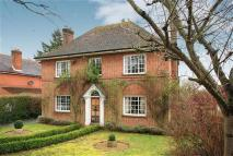 4 bed Detached house for sale in Bishops Way, Andover