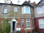 Ground Flat for sale in Fairholme Road, Harrow
