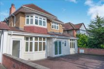 6 bed Detached house for sale in Edgwarebury Lane, Edgware