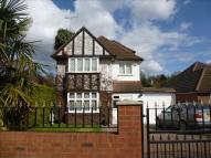 5 bedroom Detached house in Brookdene Avenue, Oxhey...