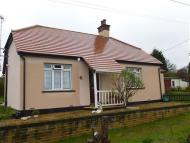 2 bed Detached Bungalow in Leonard Road, Basildon
