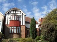 4 bedroom Detached property in Earlswood Road, Redhill