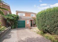4 bed Detached house for sale in Wellington Way, Horley