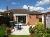 2 bedroom Semi-Detached Bungalow in Neithrop Avenue, Banbury