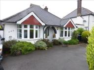 3 bed Detached Bungalow in New Road, High Wycombe