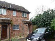 2 bed semi detached house in Lindsay Drive, Abingdon