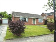 2 bed Detached Bungalow in Valley Drive, West Park...